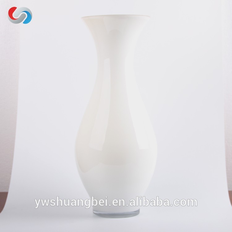 Promotion Handblown High quality Colored Cheap Glass Vases For Decoration