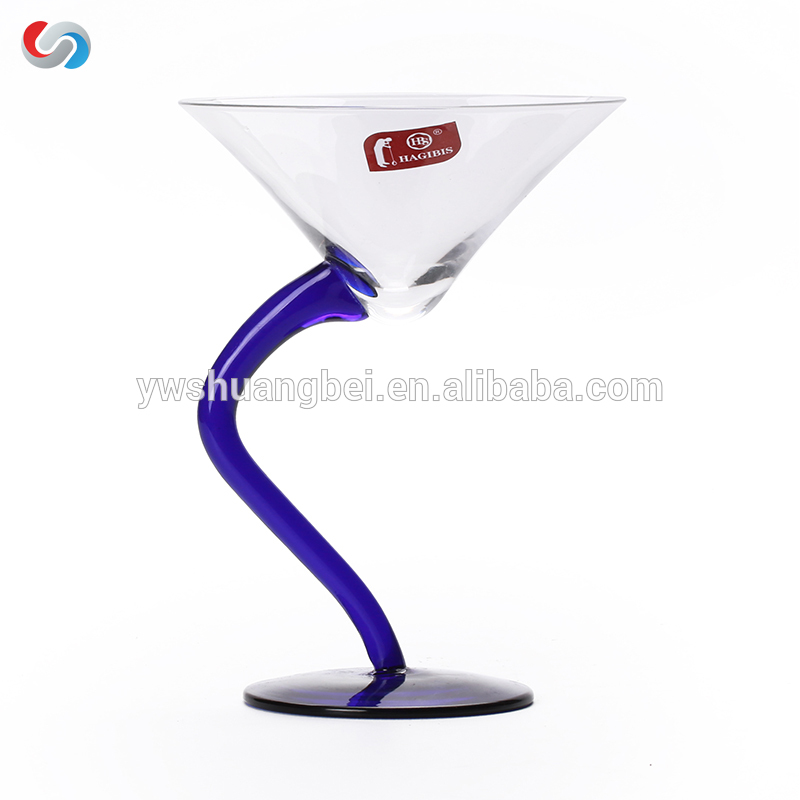 Hot selling creative and elegant S-shaped cocktail glass crystal wine glass