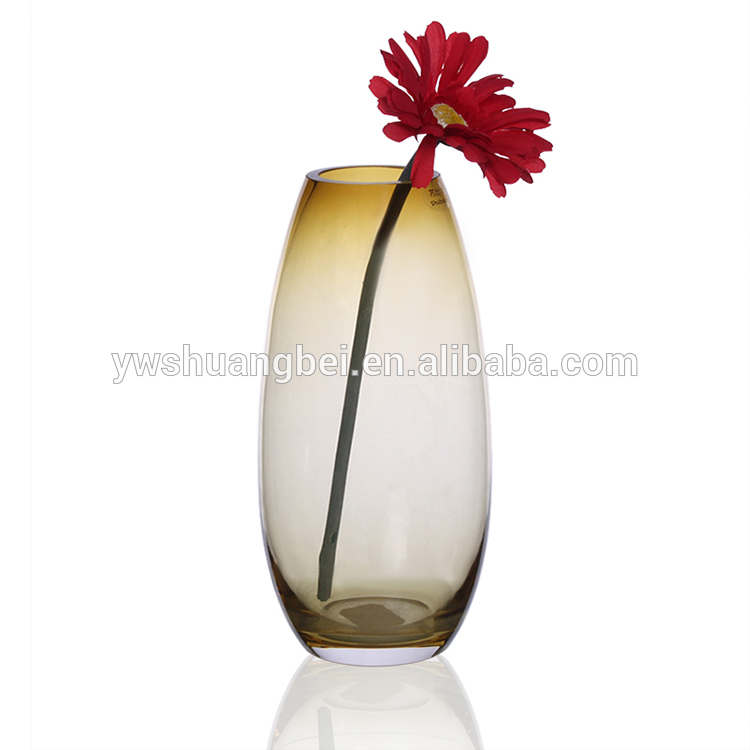 Wholesale beautiful and elegant 26cm tall glass vase for home decoration Featured Image