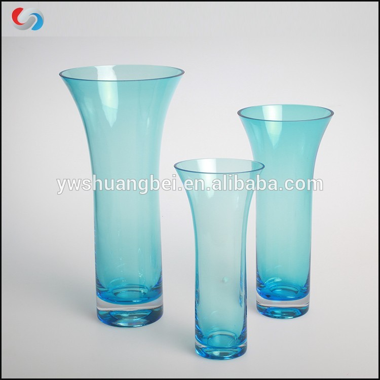 Wholesale Colored Flared Glass Vases Handblown Glass Bud Blue Vases Featured Image