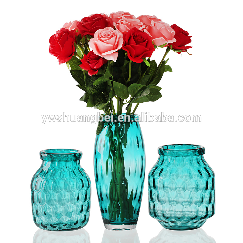 Wholesale handmade elegant and different size crystal glass decoration creative table flower vase