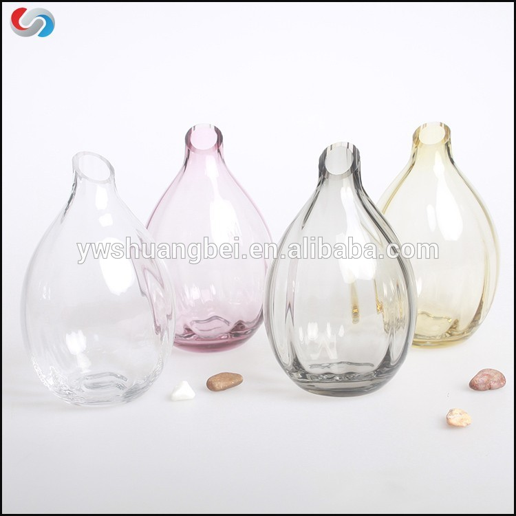 Wholesale Restaurant Table Used Glass Vases, Colored Mouth Blown Single Flower Glass Vase